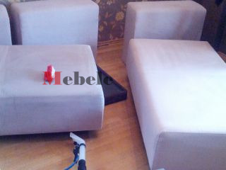 Нанасяне на препарат за пране на дивани - Мебеле ЕООД
