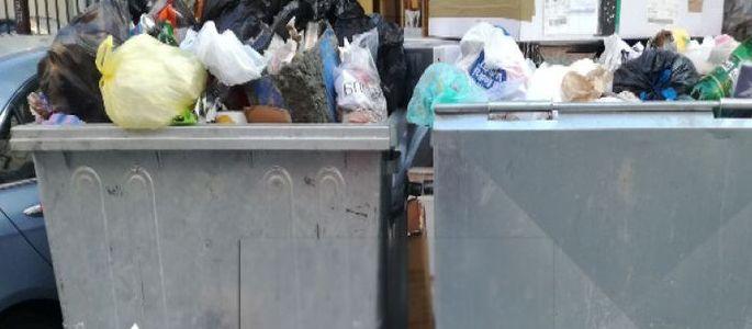 Докога фирмите за почистване ще ни оставят преливащи от боклук кофи?