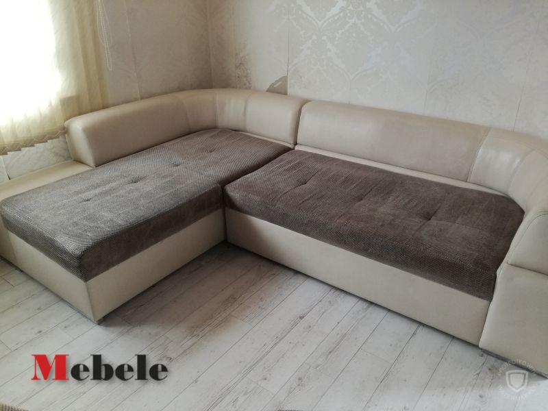 ъглов диван с текстил и кожа, лесно се почиства макар да е от напълно изкуствени материи